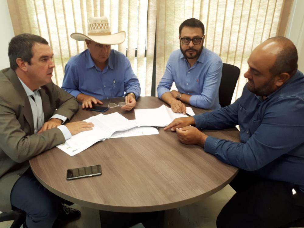 Reunião com secretário de governo Eduardo Rddel