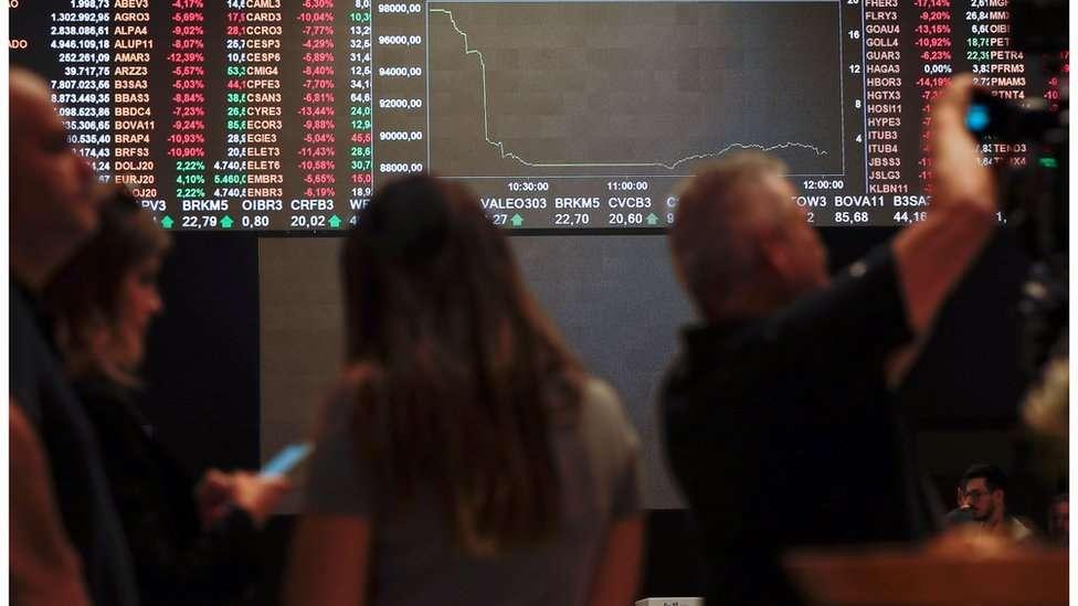 O  que está por trás da alta recorde do risco-país, que mede a desconfiança do investidor estrangeiro sobre o Brasil